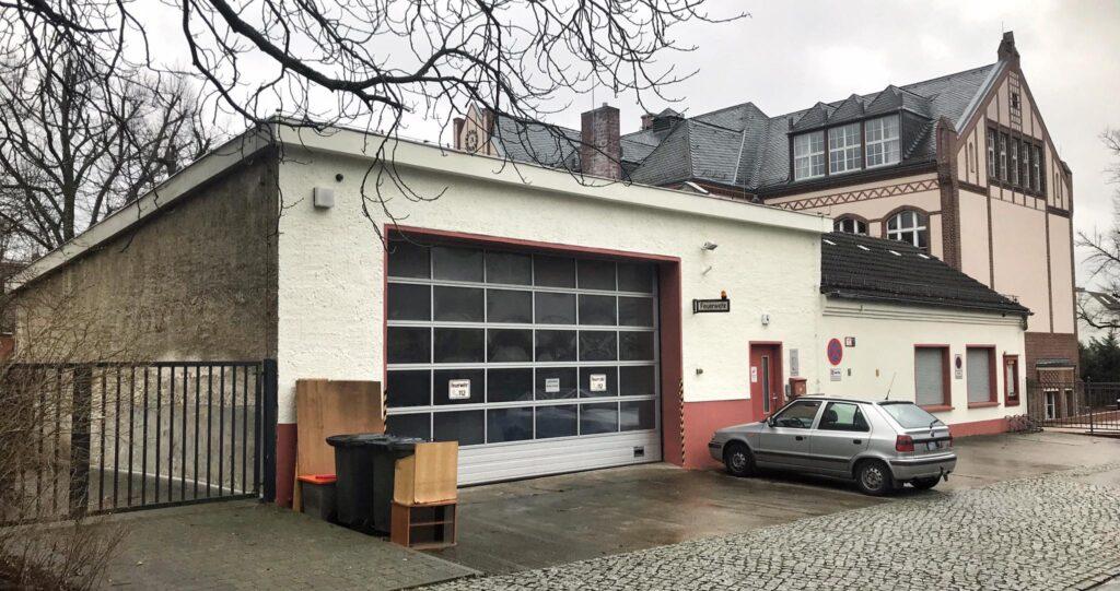 Mahlsdorf LIVE - Öfters mal das Tor aufmachen: So soll die Mahlsdorfer Feuerwehr gegen den Schimmel kämpfen