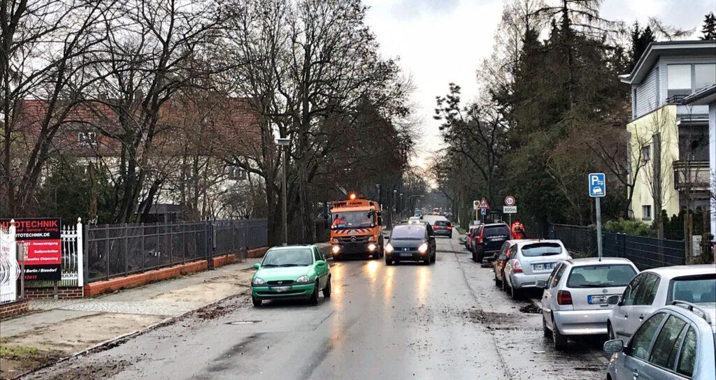 Mahlsdorf LIVE - Mit Ampel, Geh- und Radweg: Bezirk will Akazienallee sicherer machen