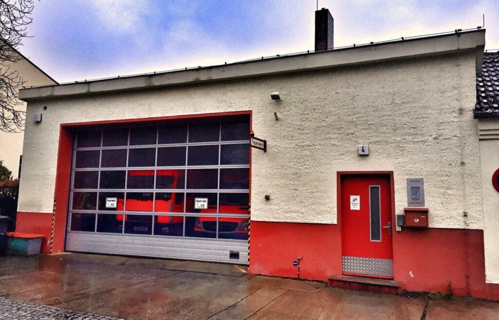 Mahlsdorf LIVE - Nach Schimmelbefall: Mahlsdorfer Feuerwehr bleibt noch mindestens drei Wochen geschlossen