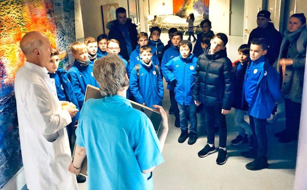 Mahlsdorf LIVE - Mahlsdorfer Kicker sammeln für Fasching auf der Kinderkrebs-Station