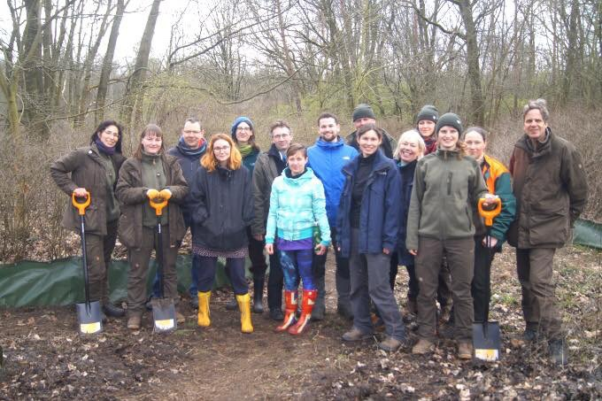 Mahlsdorf LIVE - Naturschutz am Körnerpark: Zaun für 800 Mahlsdorfer Kröten errichtet