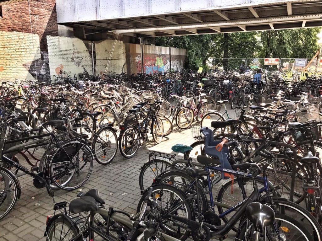 Mahlsdorf LIVE - Neue Studie: 1000 Fahrrad-Stellplätze am Bahnhof Mahlsdorf benötigt