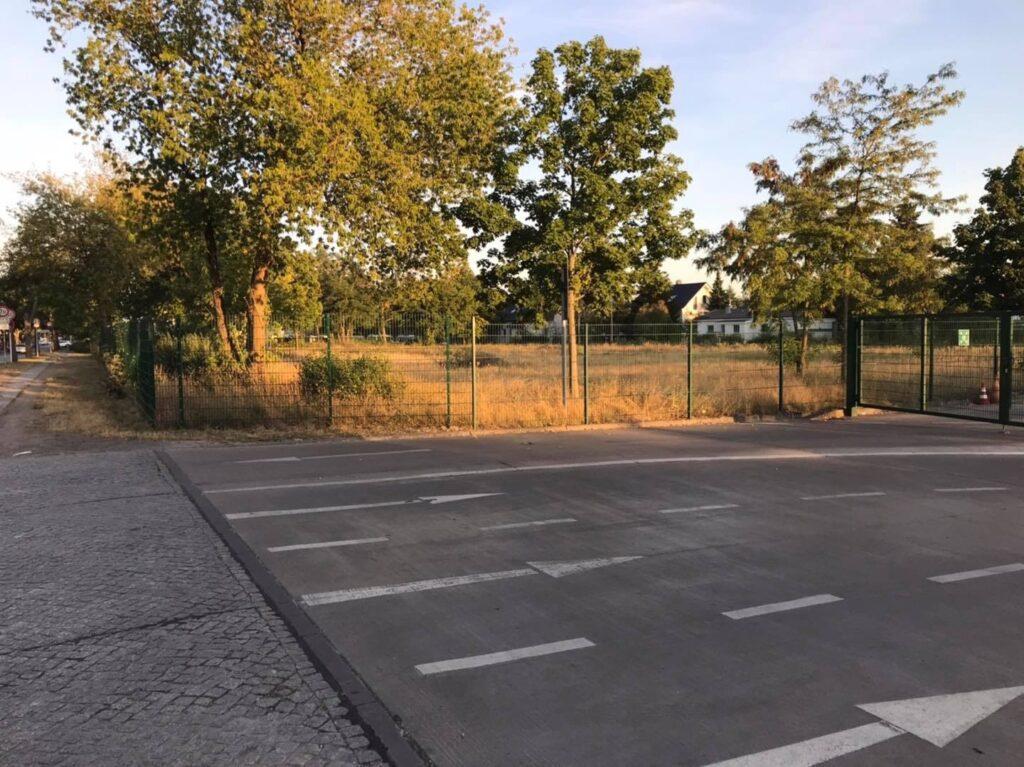 Mahlsdorf LIVE - BSR-Grundstück: Bezirksamt nimmt Areal neben Recyclinghof für Bau von Schulcontainern ins Visier