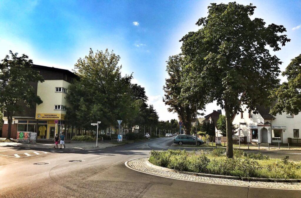 Mahlsdorf LIVE - Straßenbahn durch Mahlsdorfer Einfamilienhaus-Straße: Senat hält an Planungen für das Jahr 2035 fest