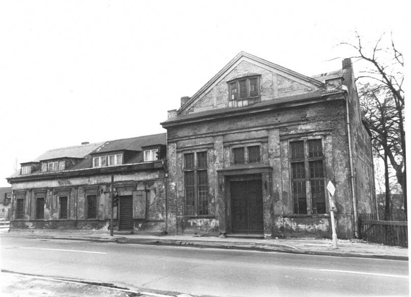 Früheres Restaurant Tegelitz an der B1 um 1981. Foto: Bezirksmuseum Marzahn-Hellersdorf