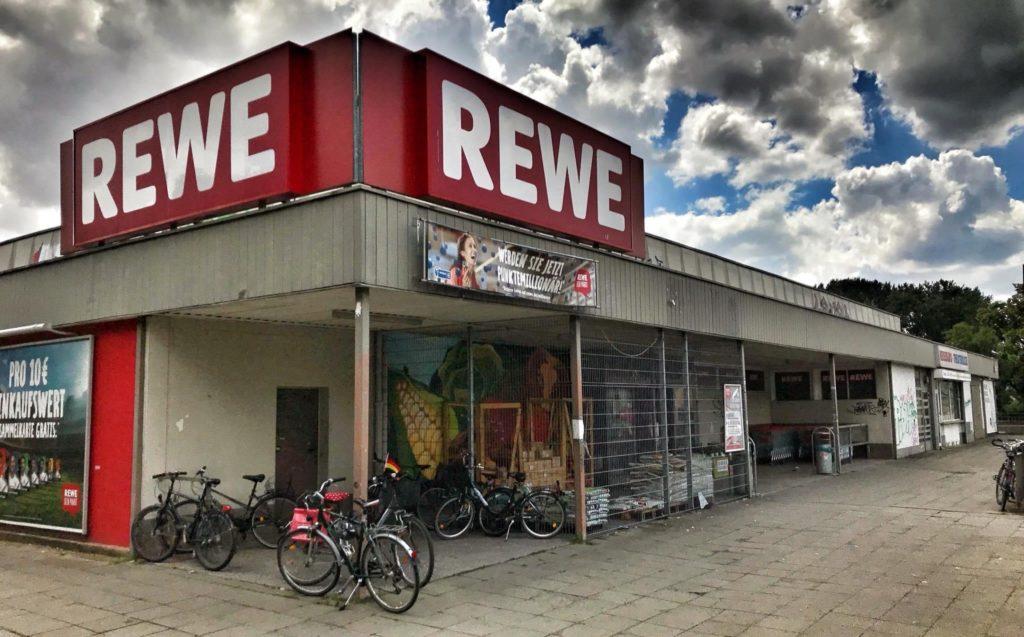 Mahlsdorf LIVE - Die alte REWE-Kaufhalle an der Hönower Straße