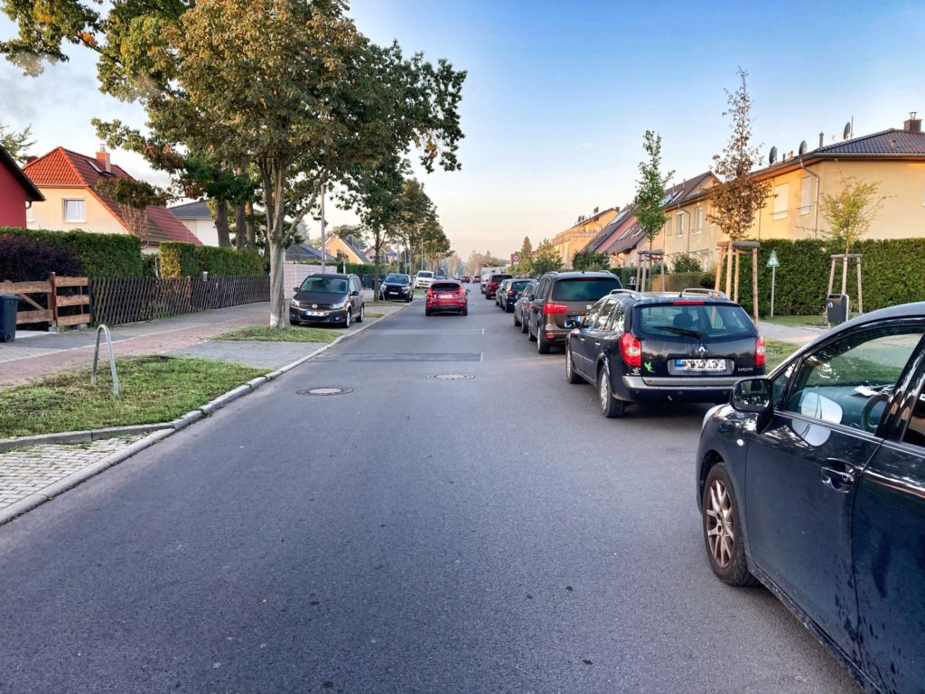 Mahlsdorf LIVE - Die Buslinie soll künftig hier in der Landsberger Straße statt auf der Lemkestraße fahren.