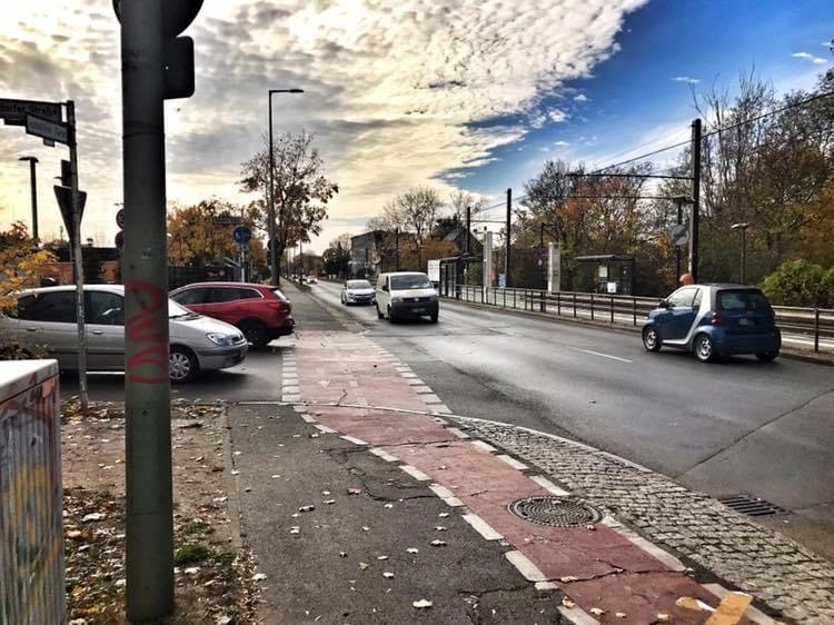 Mahlsdorf LIVE - Bau der Ampel an der Kreuzung Hultschiner Damm/Rahnsdorfer Straße