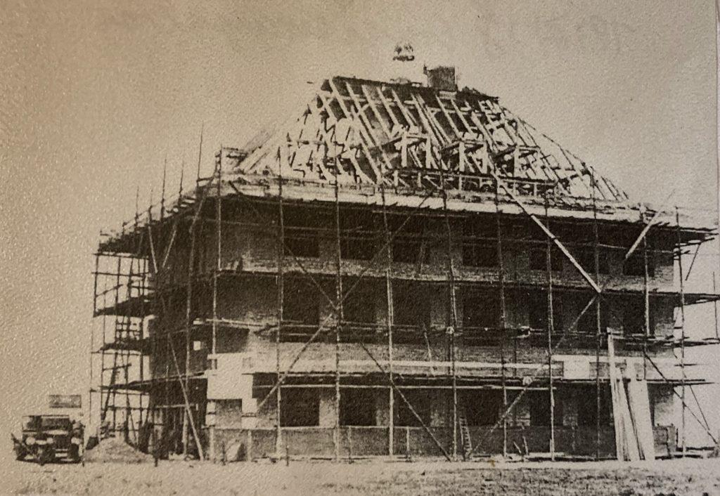 Mahlsdorf LIVE - Ein Foto vom Richtfest im Jahr 1935