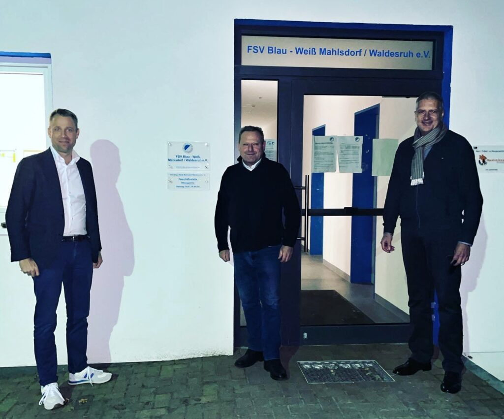 Mahlsdorf LIVE - Dieses Foto postete Mario Czaja nach der Besprechung mit dem Vorstand des FSV.