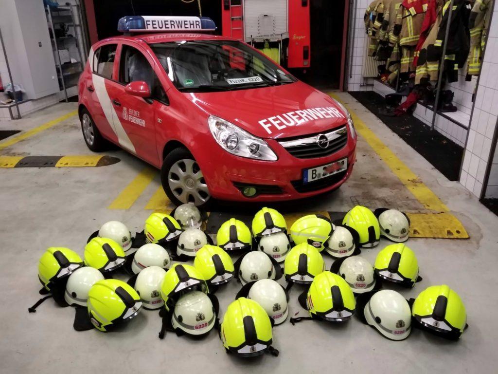 Mahlsdorf LIVE - Feuerwehr Mahlsdorf erhält neue Helme