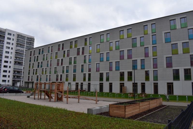 Mahlsdorf LIVE - Für 431 Menschen: Neue Gemeinschaftsunterkunft für Geflüchtete in Marzahn fertiggestellt