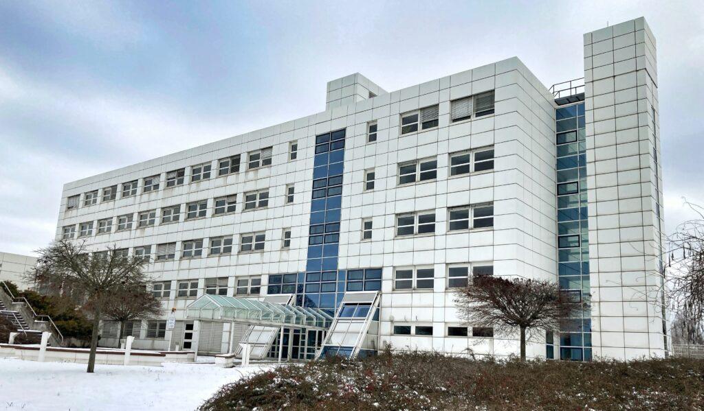 Mahlsdorf LIVE - Direkter Zugang zu Amazon, Apple oder Facebook: Mahlsdorfer Rechenzentrum steigert Internet-Leistungsfähigkeit
