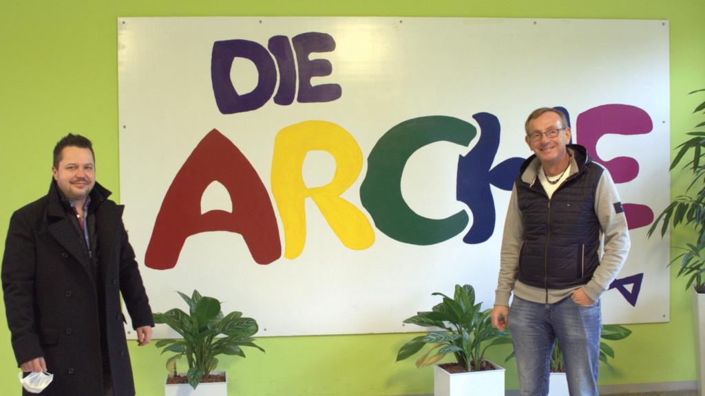 """Malsdorf LIVE - Mahlsdorfer spendet 16.000 Masken an Kinderhilfswerk """"Die Arche"""""""