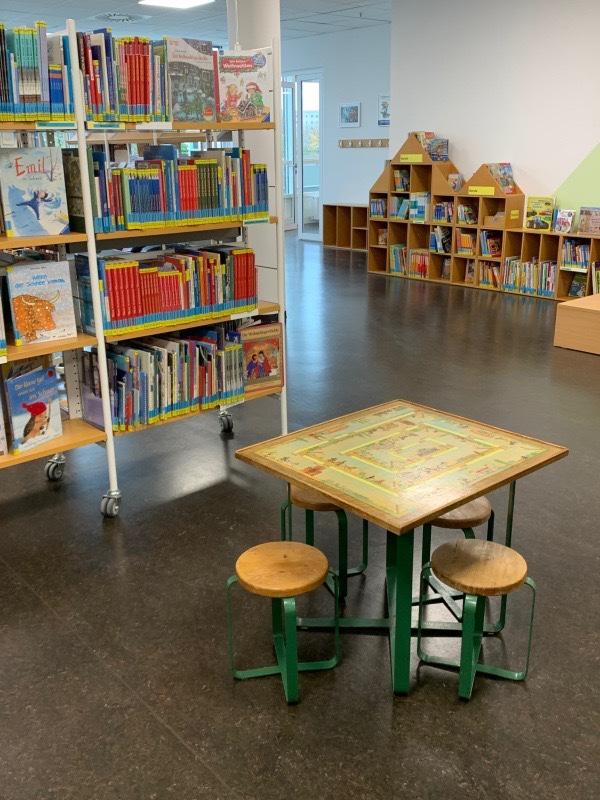 Mahlsdorf LIVE - Kaulsdorfer Bibliothek ist umgezogen
